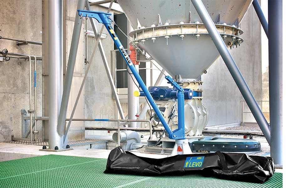 Potence amovible aluminium assemblage en 3 éléments et installation sur des embases spéciales
