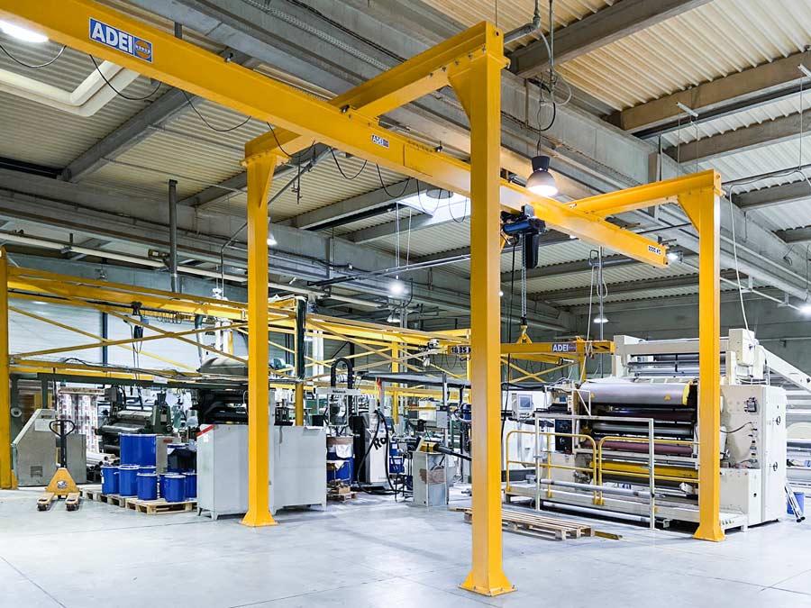 Structure de levage – monorail droit sous 3 portiques avec palonnier monopoutre